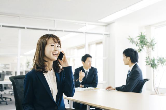 「事務職への転職」を成功させる方法と絶対に使うべきサービス5選