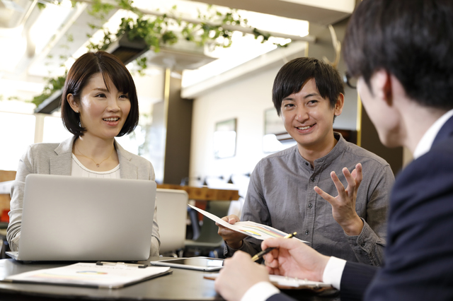 「営業職への転職」を成功させる方法と絶対に使うべきサービス5選