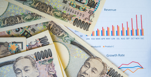 一流のビジネスマンは毎年1万円の昇給を待つより年収100万円アップの転職を目指す理由