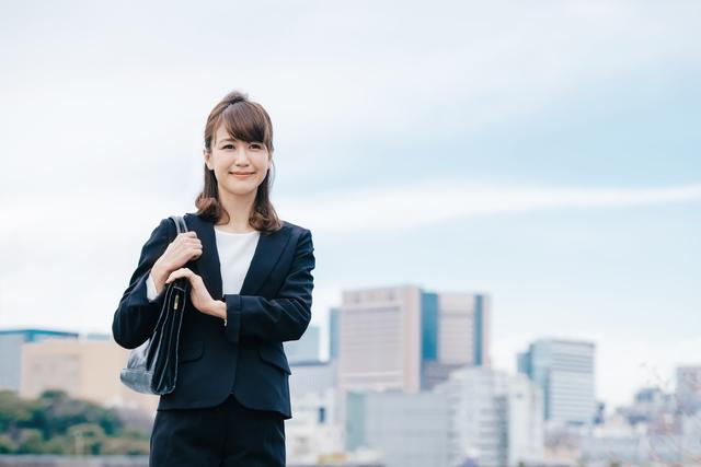 本当は教えたくない20代女性の人気転職先に生命保険の営業職が入る理由