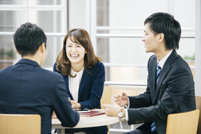 リファラル採用が流行る中、友人少ない人の転職活動はいかに